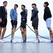 杭州街头惊现裸奔青年,他们的腿有话说