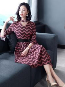 雨珊女装修身连衣裙18新款