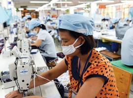 优衣库生产线迁往东南亚 疑因中国成本优势不在
