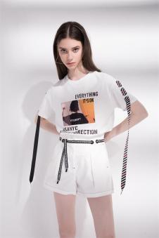2018夏季新款字母宽松T恤