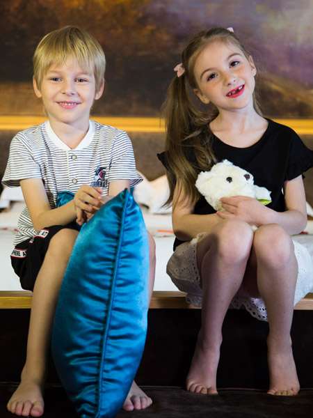 芭乐兔童装18时尚新款