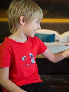 芭乐兔男童红色T恤18新款