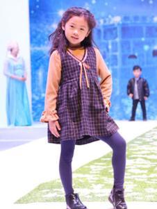 安拉拉童装格子背带连衣裙