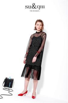 SUQIU诉求2018新品薄纱吊带裙
