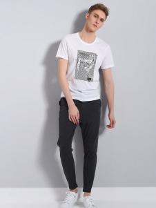 UNKUT恩咖男装白色简约印花T恤