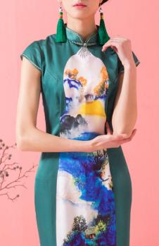 萧萍萍旗袍绿色修身立领旗袍