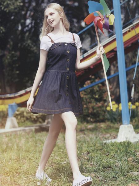阿莱贝琳女装