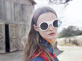 Raf Simons为Calvin Klei设计首个完整眼镜系列发布