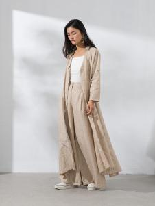 2018芙纯女装新款外套