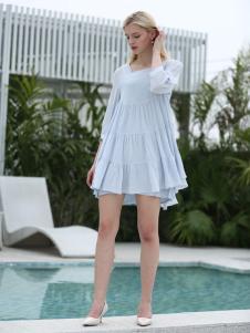 布伦圣丝新款浅蓝色连衣裙