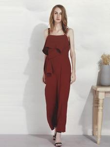 U-REETY女装吊带红色连体裤