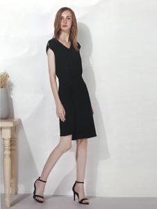 U-REETY女装无袖黑色连衣裙