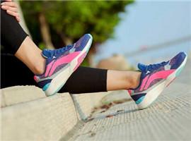 国内运动类服装行业重回增长,李宁营收实现五连涨