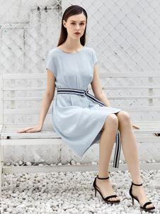 欧伊芮诗女装浅灰色连衣裙