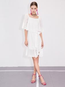 betu百图白色连衣裙18夏新款