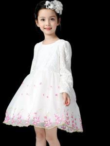 小熊空间童装白色印花连衣裙