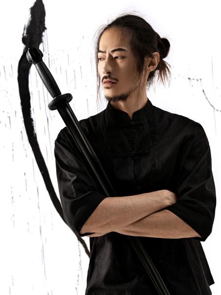 JPE黑色时尚休闲简约T恤