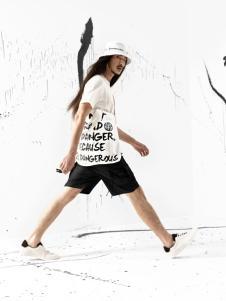 JPE新款时尚休闲简约T恤
