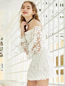 YOSUM新款时尚气质蕾丝镂空连衣裙