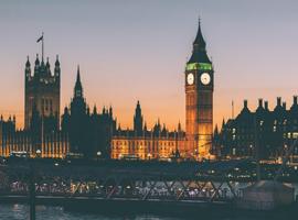 英国掀起皮草大论战 反皮草运动愈演愈烈