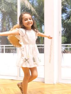 五月童品童装粉色荷叶边女裙
