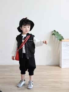 卢卢娃童装黑色休闲马甲外套