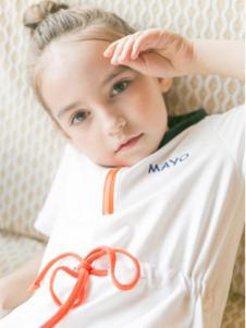 五月童品童装白色收腰T恤