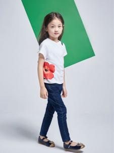 艾卡米勒童装白色短袖T恤