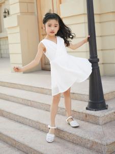 西瓜王子欧式时尚V领无袖连衣裙