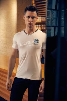 步西尼男装白色V领T恤