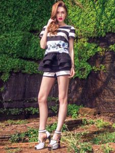 帛逸女装黑色白条纹T恤