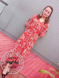 格蕾斯红色碎花裙