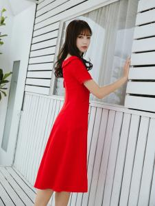 Three d新款气质红色连衣裙
