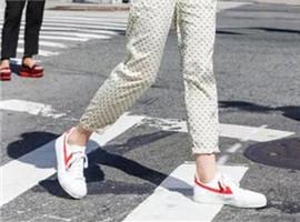 国货奋起追击:回力鞋也要智能制造