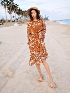 杰奥思琳女装棕色收腰连衣裙