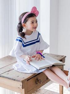 酷奇贝贝童装白色喇叭袖连衣裙