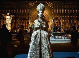 把蕾哈娜变成教皇的Met Gala展览长什么样