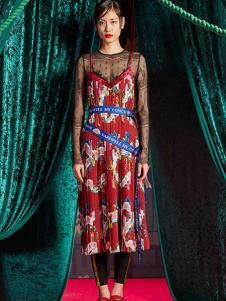 密扇女装红色印花网纱连衣裙
