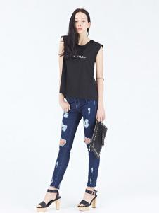 Rosebullet女装黑色字母T恤