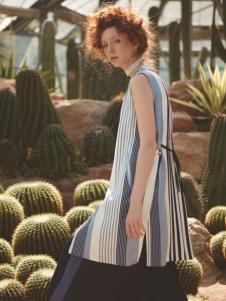 丽迪莎欧美时尚条纹无袖上衣