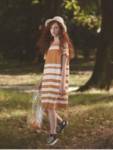 丽迪莎夏季新款条纹气质连衣裙