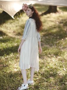 丽迪莎时尚气质文艺女款中长连衣裙