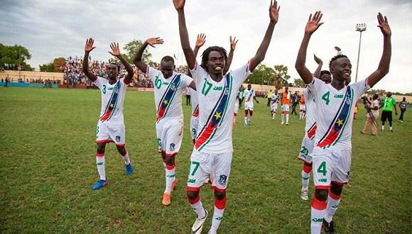 澳洲小伙发现非洲商机 创立AMS专为非洲球队供球衣(图2)