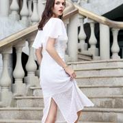 优雅女装如何选择 迪奥高端女装为你增添一份优雅
