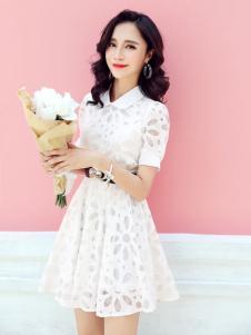 左韩白色连衣裙