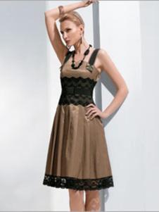 伊品女装棕色收腰连衣裙