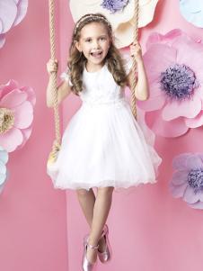 米拉熊白色连衣裙