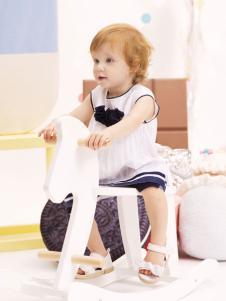 米拉熊小童白色连衣裙
