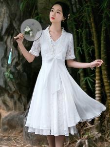 筱姿女装新品白色复古典雅连衣裙