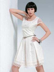 伊品女装白色蕾丝边连衣裙